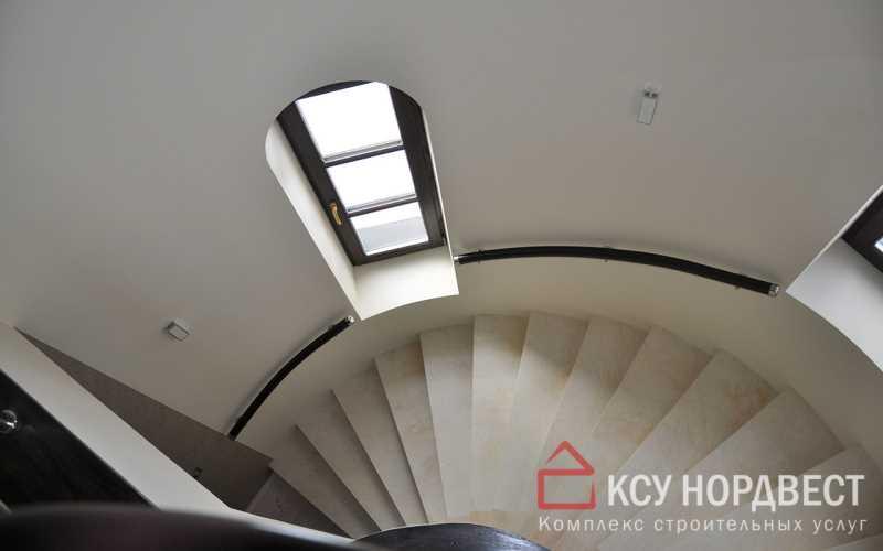 Отлив бетонной винтовой лестницы и отделка